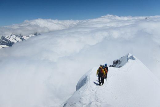 De topgraad gezien vanaf de top van de Monch