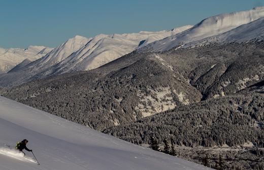 First tracks bij het heli skiën
